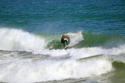 Onshore Kalk Bay Reef Waves and Swell