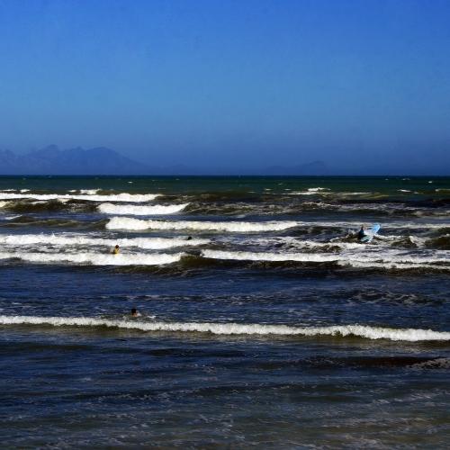 Messy Surfers Corner