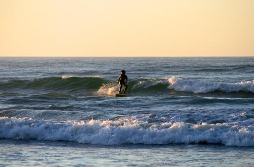 small fun waves