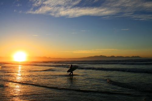 Golden Sunrise surfers corner
