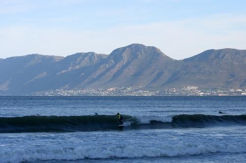 surfers corner simons town