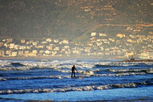 simons town surf