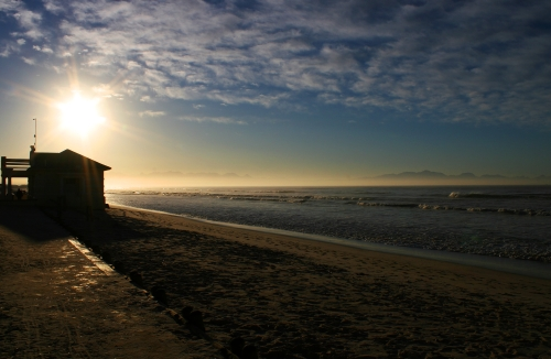 sunrise at surfers corner