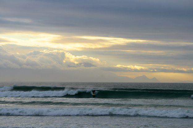 dark-surf