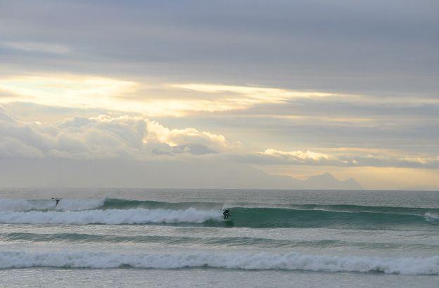 pastel-surfer