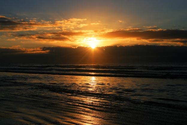 sunrise-rays