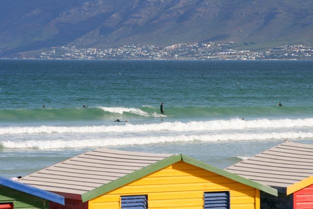 surf-hut-view