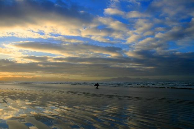 sun-rise-surf-walk