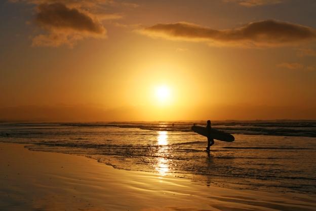 sunrise-surf