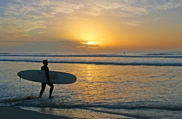 sunrise-surf-line-up