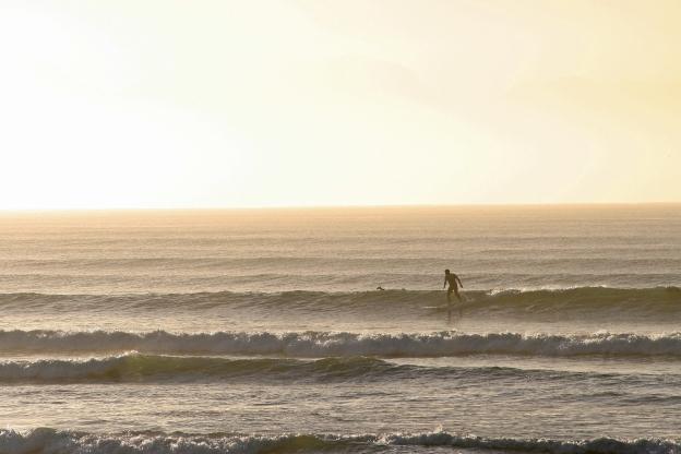 bright-surf