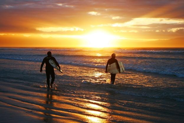 sunrise-two-surf-dudes-website