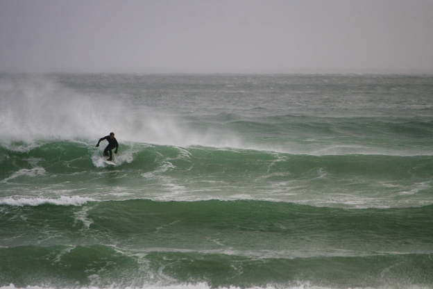 stormy-surf