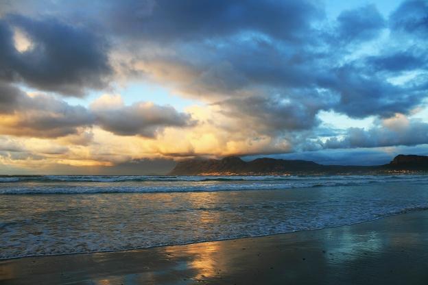 sunrise-over-simons-town-website